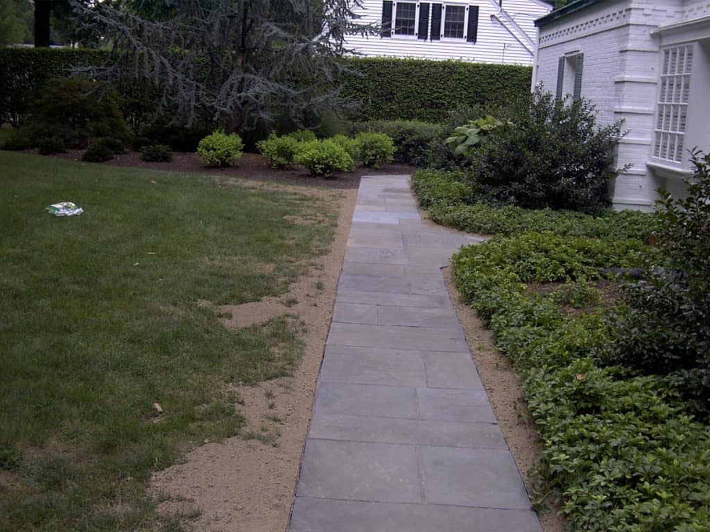 Flagstone Patio Landscaping
